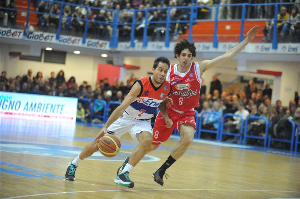 Amedeo Della Valle ha giocato gli Europei, con l'Italia, ma è entrato raramente
