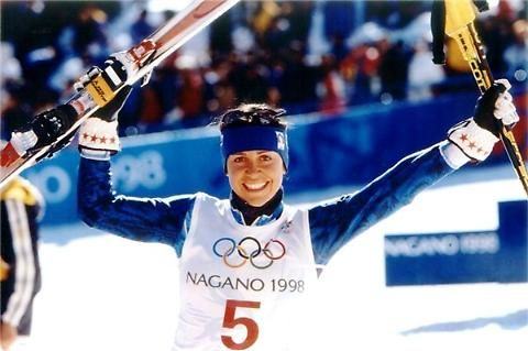 Deborah Compagnoni vanta 3 ori e un argento olimpico e tre titoli mondiali, nelle discipline tecniche