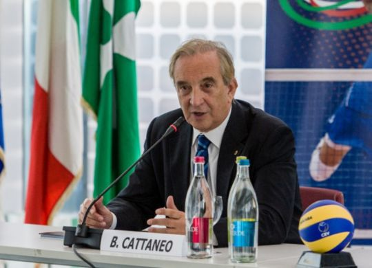 Bruno Cattaneo è il nuovo presidente Fipav (oasport.it)