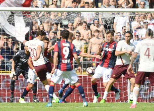 Federico Fazio segna il primo gol per la Roma (eurosport.com)