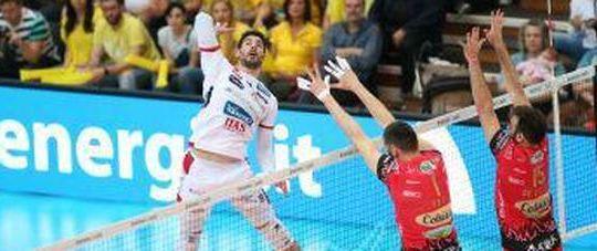 Filippo Lanza (Trentino volley) in azione