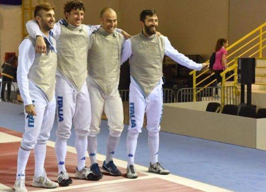 Il quartetto bronzo nel fioretto. Foto Bizzi, federscherma