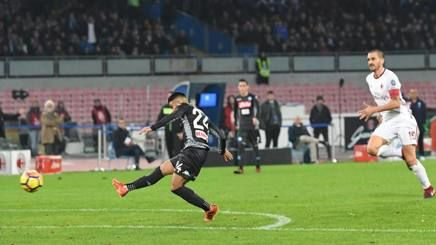 Insigne segna il gol dell'1-0 (gazzetta.it)