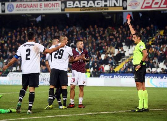 La Salernitana ha pareggiato a Cesena nonostante l'eliminazione di Gatto (legab.it)