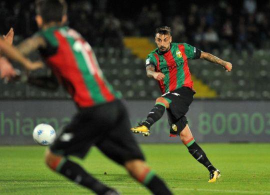 Adriano Montalto ha segnato quattro gol per la Ternana (news.superscommesse.it)
