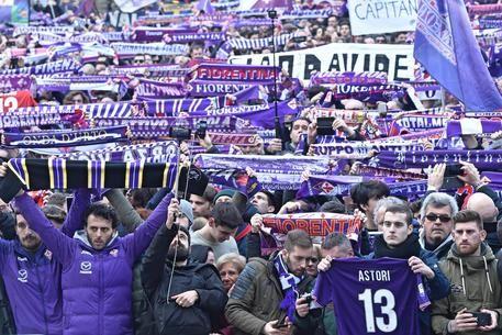 I tifosi al funerale di Davide Astori (ansa)