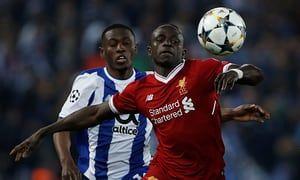 Mane in azione durante Liverpool-Porto (theguardian.com)