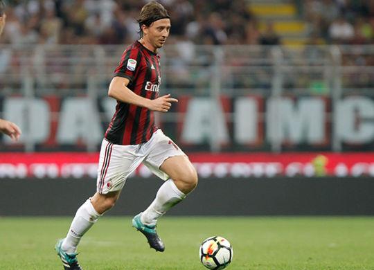 Riccardo Montolivo (acmilan.com)