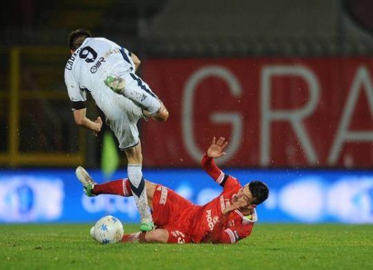 Un gol per tempo per il Perugia che batte il Brescia (immagini.quotidiani.net/lapresse)