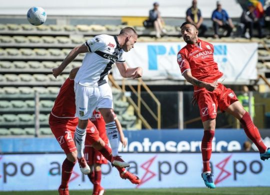 Il Parma ha battuto il Carpi per 2-1 (carpifc.com)
