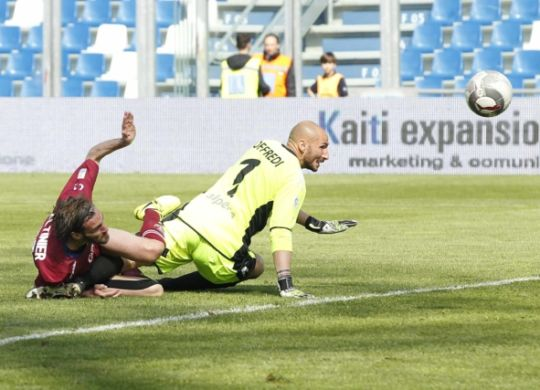 Il gol di Altinier (Bertozzi-Elite/reggionline.com)