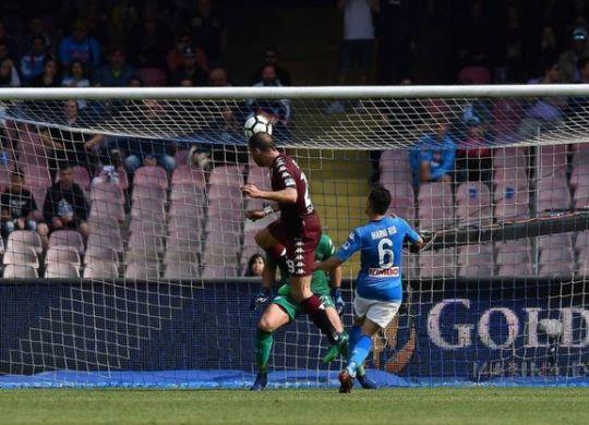Il gol di De Silvestri (quotidiano.net/lapresse)