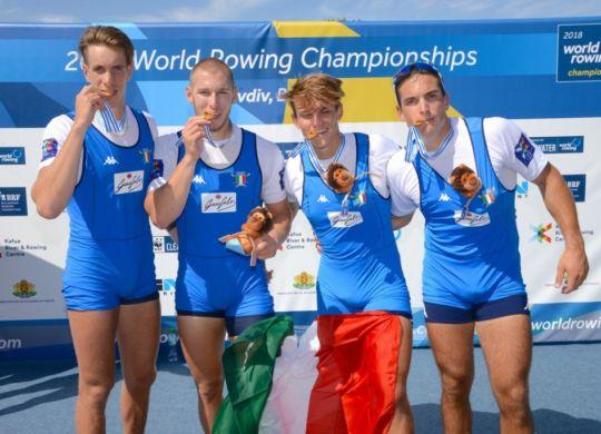 Il quattro di coppia che ha conquistato l'oro (canottaggio.org)