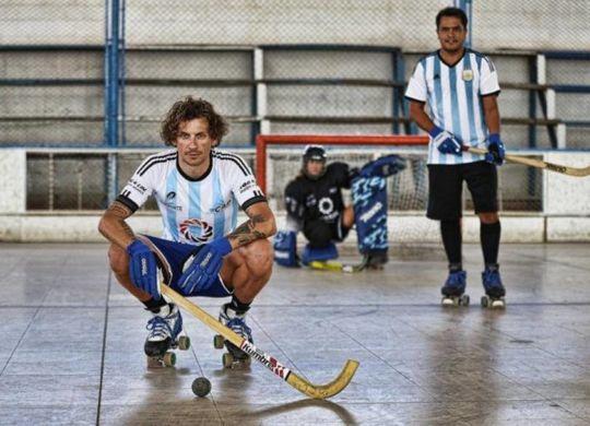 """Pozzato ha sfidato in Argentina il """"Maradona"""" dell'hockey (gazzetta.it)"""