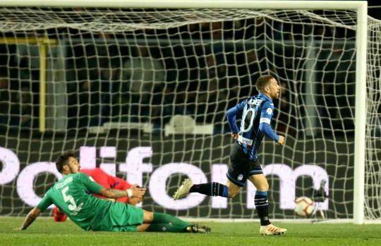 Il gol di Gomez in Atalanta-Fiorentina (Lapresse/gazzetta.it)