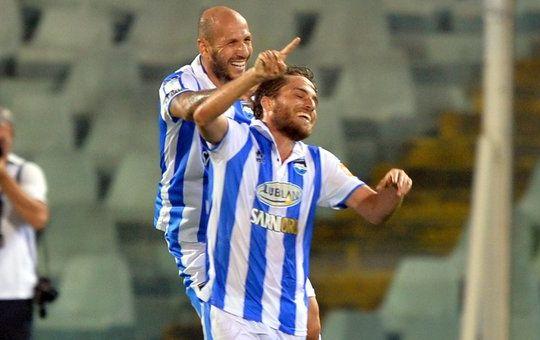 Palmiero e Galano festeggiano il gol (Urbini/Lapresse)