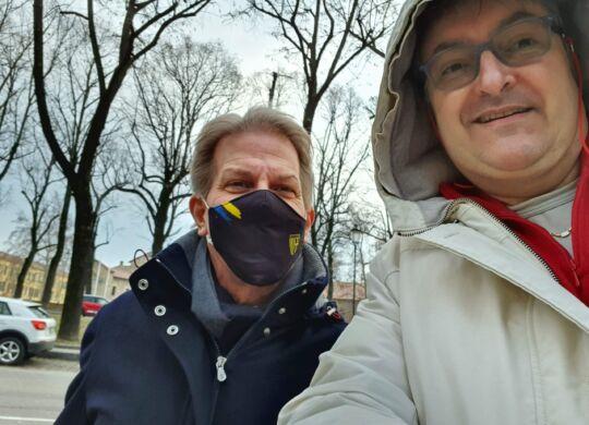 Con Kyle Krause